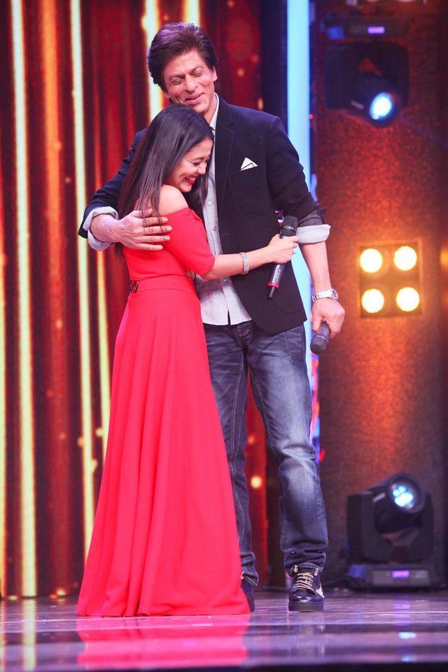 Neha Kakkar with SRK