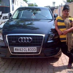 Bharti Singh With Audi Q5