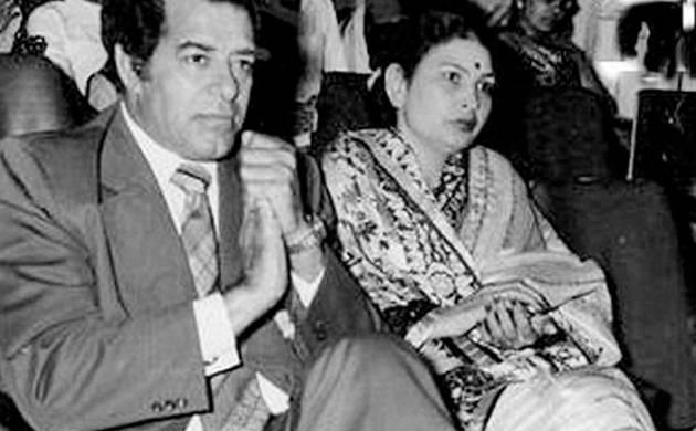 Dara Singh with his wife Surjit Kaur