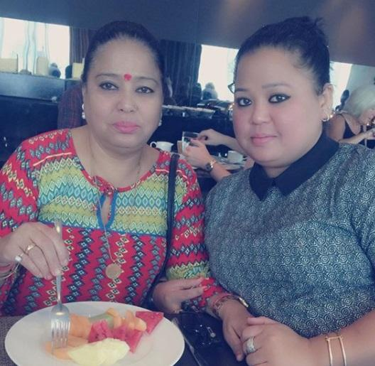 Kamla Singh (Bharti Singh with her mother)
