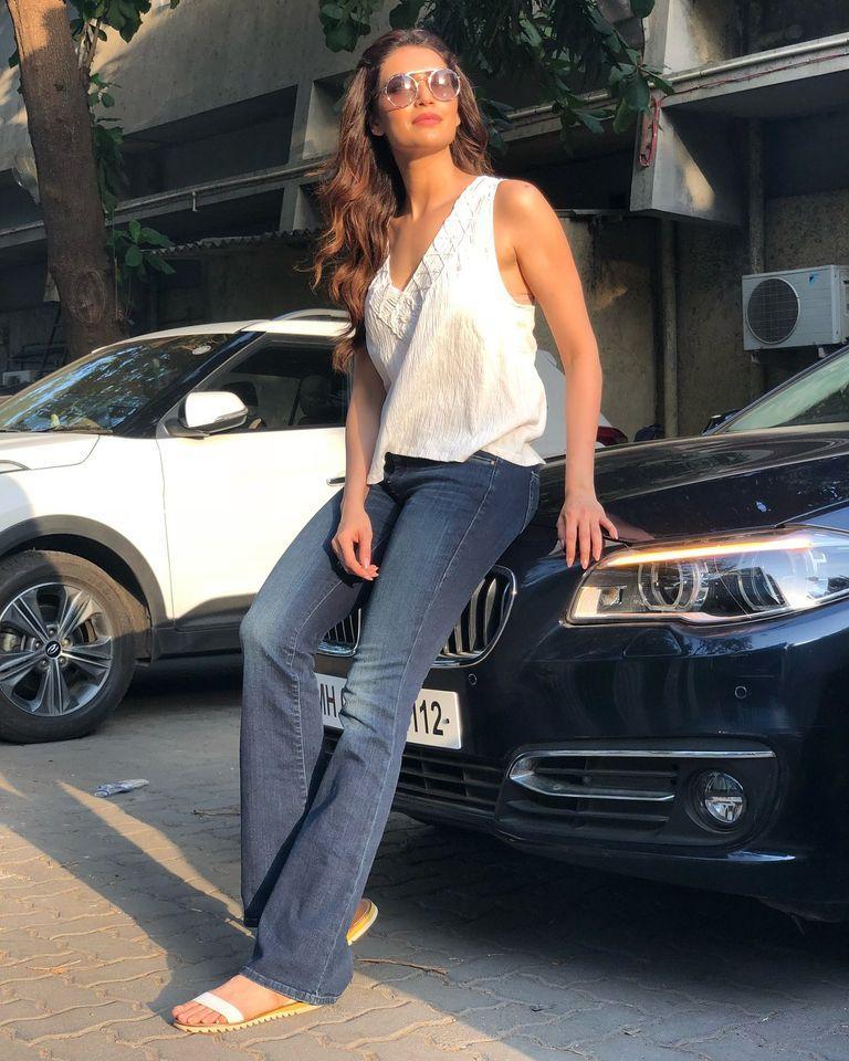 Karishma Tanna Car- BMW
