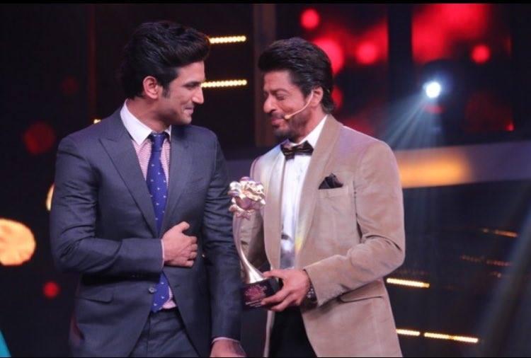 Sushant Singh Rajput Receiving an Award
