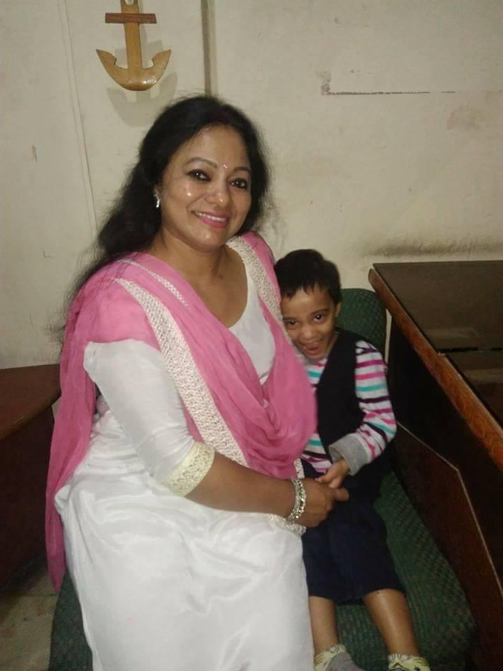 meena rana with her daughter Pari