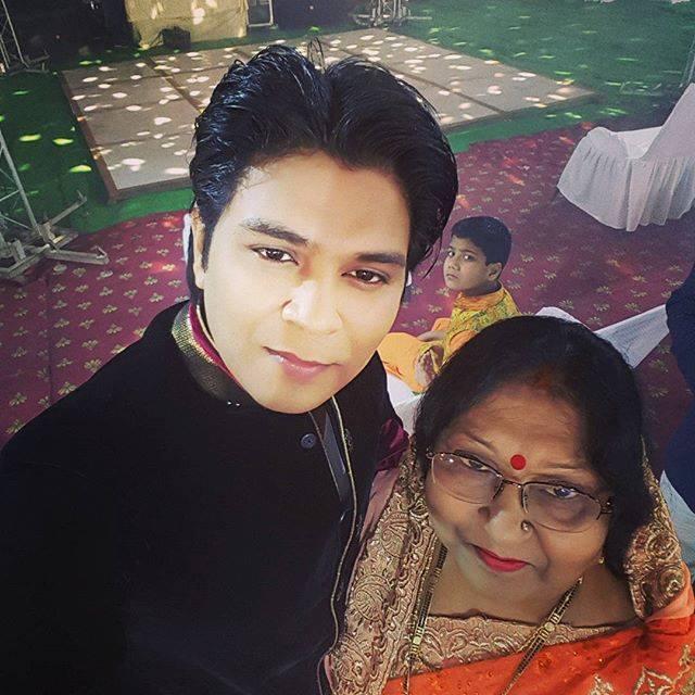 Ankit Tiwari with his mother Suman Tiwari