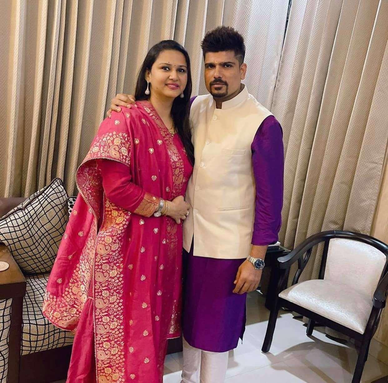 Karn Sharma with his wife Nidhi Sharma