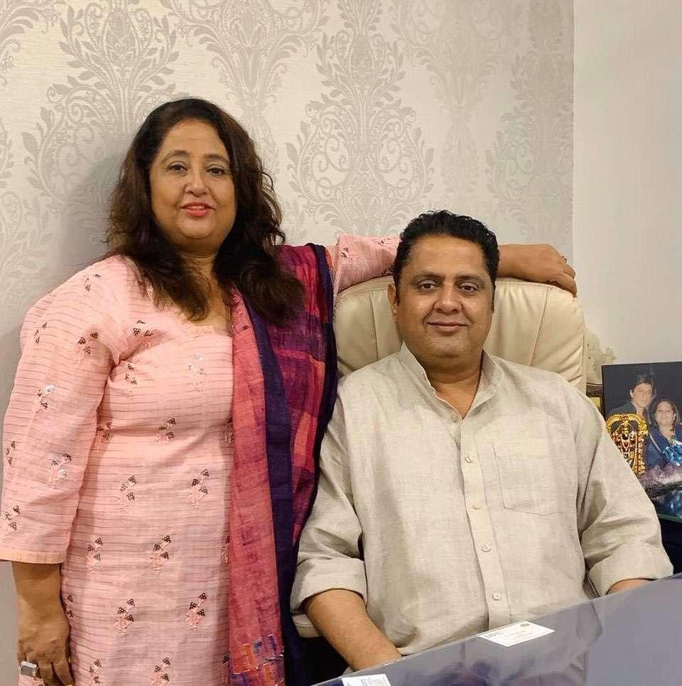 Swetta Jumaani with his brother Sanjay B Jumaani