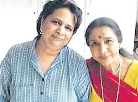Asha Bhosle and Varsha Bhosle