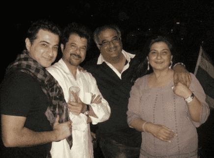 Boney Kapoor with his brothers Sanjay kapoor Anil kapoor and sister Reena Kapoor