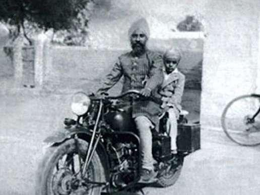 Jagjit Singh with his Father Sardar Amar Singh Dhiman