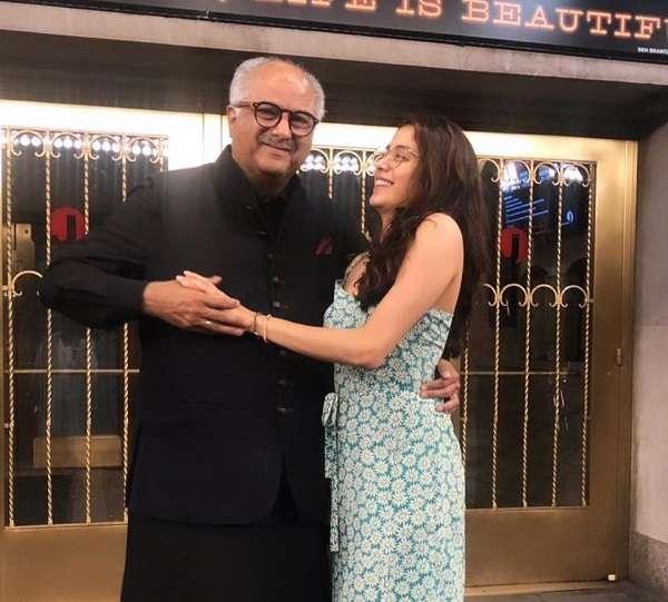 Janhvi Kapoor with his father Boney kapoor