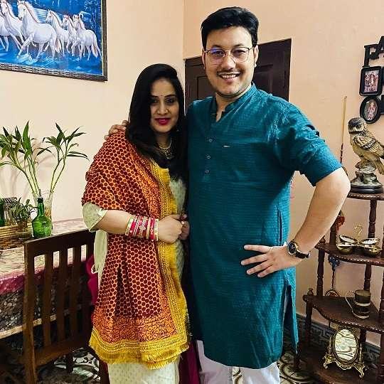 RJ Kaavya with his wife Monika