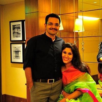RJ Neelesh Mishra with his wife Yamini Misra