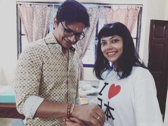Shaan with his sister Sagarika Mukherjee