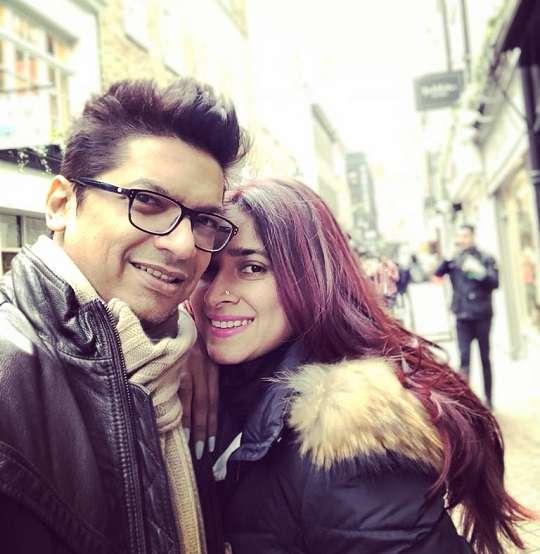 Shaan with his wife Radhika Mukherjee