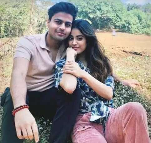 janhvi kapoor and Akshat Rajan